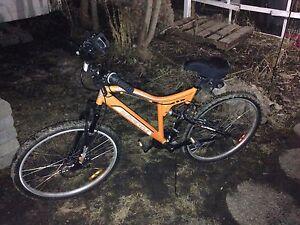 """Men's 19"""" 21-Speed Mountain Bike For Sale"""