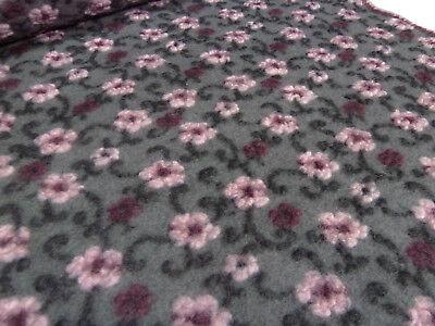 Stoff Ital. Musterwalk Kochwolle Walkloden Relief Blumen grau rosa bordeaux sw