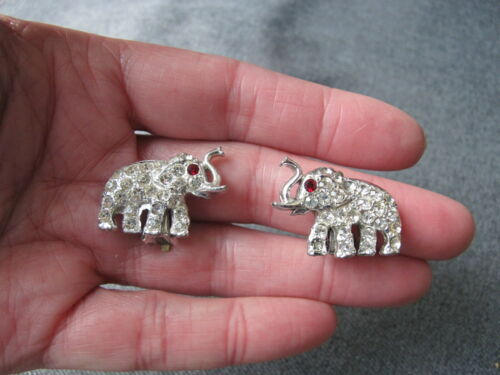 Vintage cute red eyes & clear rhinestones silvered metal elephant earrings