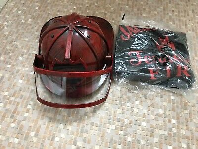 Firemans Jacke (JACK DANIELS TENNESSEE FIRE  FIRE MANS HELMET WITH VISOR  + MEDIUM  FIRE T/SHIRT)