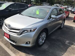 2016 Toyota Venza LIMITED, AWD, SUNROOF IN GREAT CONDITION