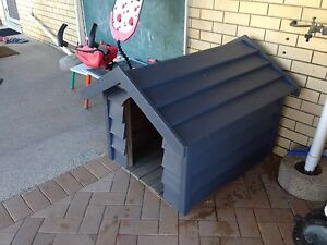 Dog kennel for large dog Wynnum West Brisbane South East Preview