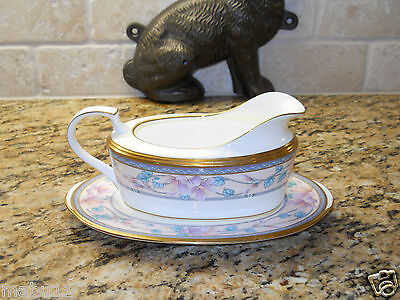 Noritake Embassy Suites 9756  Gravy Boat With Underplate