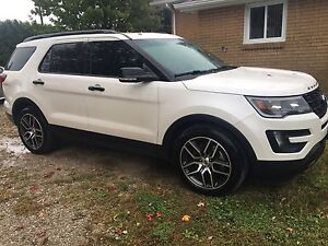 2016 Ford Explorer Sport (lease takeover)