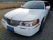 Lincoln Town Car Stretchlimousine Crystal Wave Edition