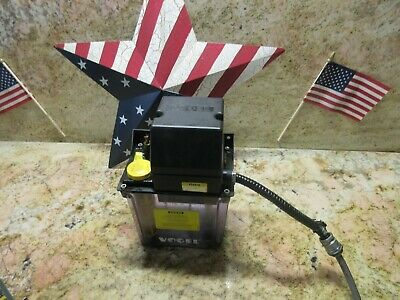 Tree J 425 Cnc Vertical Mill Vogel Oil Lubricator 951 110 330 Lube Tank Pump