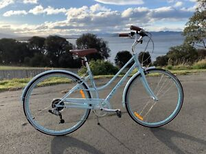 Giant LIV Via 2 Ladies Bicycle