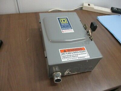 Square D Fusible Safety Switchdisconnect D-322n 60a 240v Used