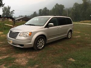 2010 Chrysler Town and County / Grand Caravan