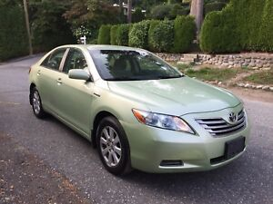 2007 Toyota Camry Hybrid with 128,000 km