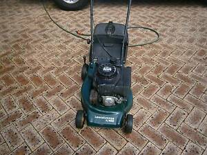 lawn mower victa serviced and new cutting blades Duncraig Joondalup Area Preview