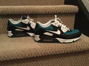 Nike Air Max 90 Size 9.5 Very Good Condition $60 or O.B.O