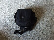 LowePro Small Camera Bag in perfect condition Willoughby Willoughby Area Preview