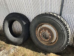 TRUCK TIRES 11r22.5 ALL 3 tires ONLY 200$
