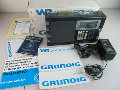 GRUNDIG SATELLIT 500, Multi Band Receiver with Accessories, Good Condition.