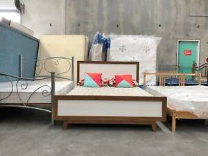 TODAY DELIVERY BEAUTIFUL WOODEN queen bed frame (mattress avai)