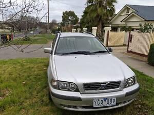 Volvo V40 station wagon, 2004.
