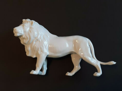HUTSCHENREUTHER 1814 White Porcelain Lion Collectible Figurine in Box