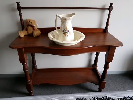 Antique Wash Stand With Towel Rail