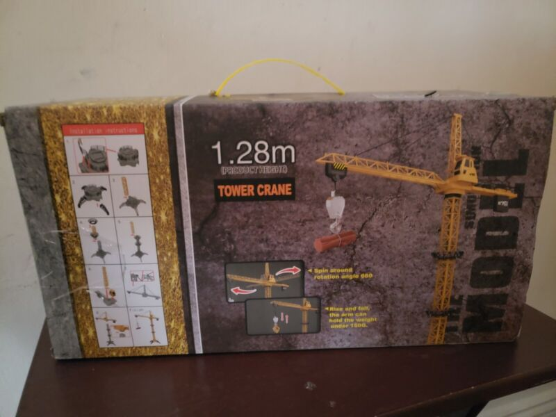 Fistone 6 Channel RC Tower Crane, 50.4 inches 680 Degree Rotation Lift Model
