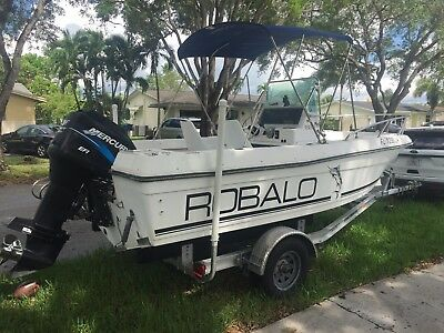 Robalo 1820 Center Console Ship, 200HP Mercury EFI Motor, 2016 Aluminum Trailer