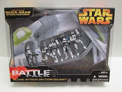 """Star Wars CLONE ATTACK ON CORUSCANT Battle Pack 3.75 """" Figure Sealed New trooper"""