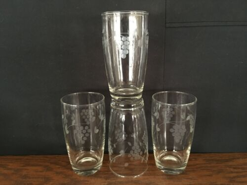 """Set of 4 Clear Glass Water Juice Tumblers with Etched Grape Design 5 1/8"""" Tall"""