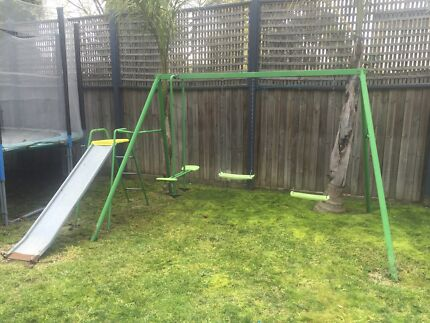 Hills swing set with slide Nunawading Whitehorse Area Preview