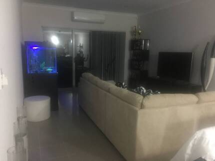 Fully furnished house to share