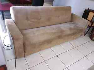 Sofa lounge Currans Hill Camden Area Preview