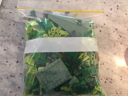 LEGO 500g plus - green bag