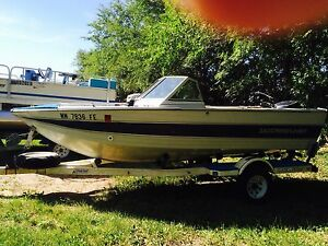Nice 1987 Crestliner Nordic w 90hp and trailer