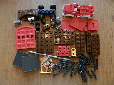 Trio Fire Station P6833 EUC Fisher-Price Bricks Sticks Panels Blocks