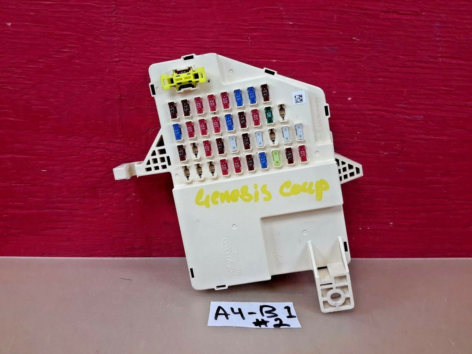 Used 2012 Hyundai Genesis Coupe Computers And Cruise Control Parts Fuse Box 2010 Interior Junction 91950 2m061 Oem