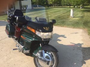 REDUCED !!1997 Honda Goldwing SE 1500 $6000