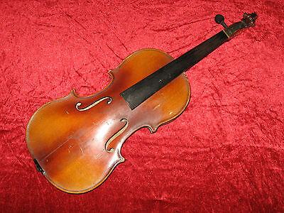 Interessante, alte 3/4 Geige mit schön geflammtem Rücken zur Überarbeitung