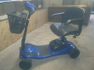 Pride Mobility Products Corp. Elite Traveller LX Mobility Scooter - Royal Blue