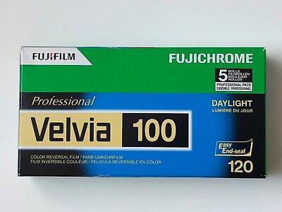 Fuji Velvia RVP 100 120  5 DIAFILME MHD/expiry date 03/2019