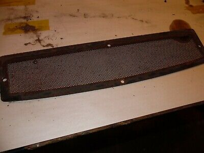 1970 Case 970 Diesel Farm Tractor Upper Grill Screen