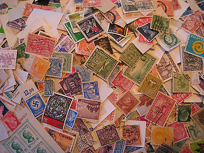 LARGE WORLD WIDE STAMP LOTS 100 STAMPS PER LOT FREE SHIP BUY 3 & GET 1 FREE