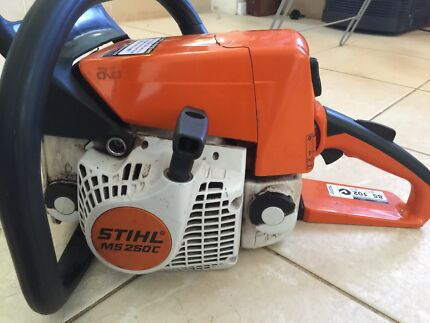 Stihl chainsaw ms250c easy start model cost $1050 sell $550 Inglewood Stirling Area Preview