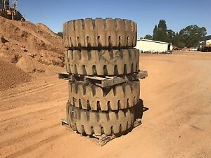 Loader tyres and rims 17.5/25 Pickering Brook Kalamunda Area Preview