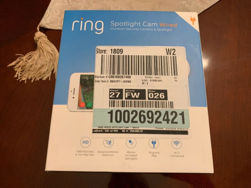 Ring Spotlight Cam Wired White 8SH1P7-WEN0
