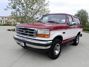 1995-Ford-Bronco-GORGEOUS-XLT