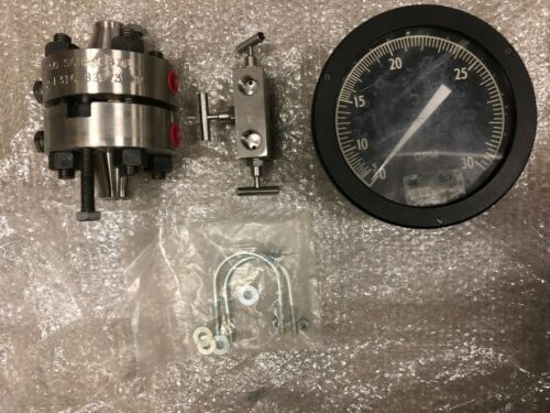 ITT Barton Model 227A Differential Pressure Indicating Switch Unit