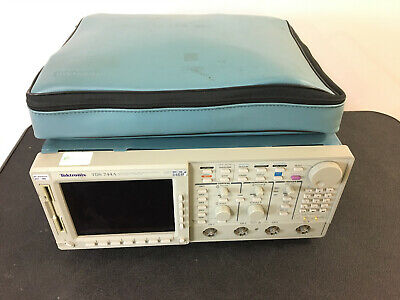 Tektronix 4 Channel Tds744a Oscilloscope W Accesories Used