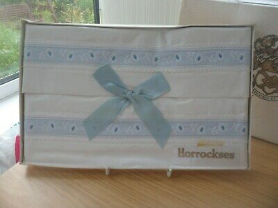 1 PR VINTAGE HORROCKSES WHITE COTTON BOXED PILLOWCASES LANCASHIRE MILL BLUE TRIM