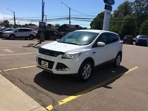 2015 FORD EACAPE.  MINT MINT MINT REDUCED AGAIN TO $17500.00