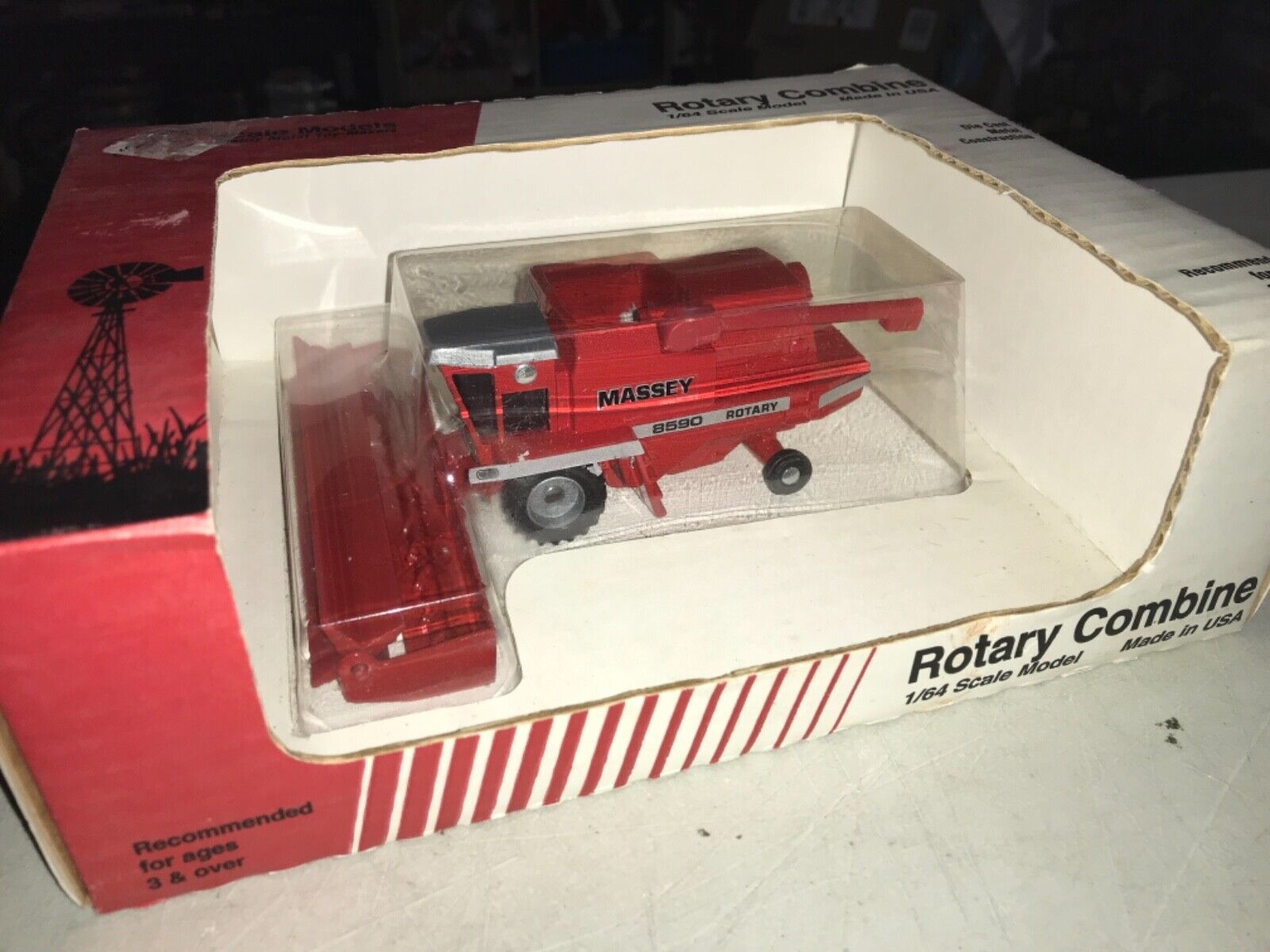 Massey Ferguson 8590 Combine By Scale Models 1/64th Scale