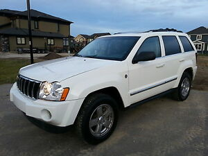 2005 Jeep Grand Cherokee LTD 5.7 HEMI AWD LOW LOW KM REALLY NICE